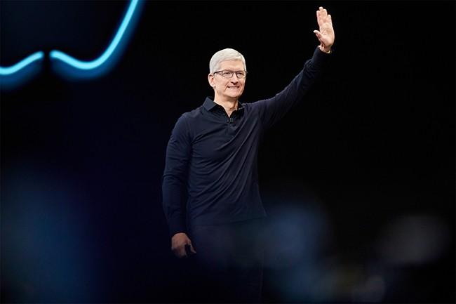 La firme de Cupertino, dirigée par Tim Cook, accueillera les 2200 salariés qui travaillent sur les modems 5G Intel dans ses effectifs d'ici la fin 2019. (Crédit : Apple)