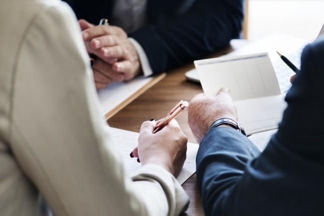 Le MooC les enjeux de la compliance 2019- 2020, proposé par Peopledoc permet d'accompagner les professionnels dans la mise en conformité des futures réglementations. Crédit.Rawpixels/Pixabay.