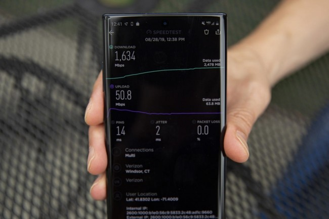 Pour les tests 5G proposés aux journalistes, Verizon a sorti des Samsung Note 10+. (Crédit IDG)