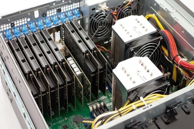 Les BMC de plusieurs plateformes de Supermicro sont concernés par les failles sur la fonction de médias USB virtuel.(Crédit Photo : DR)