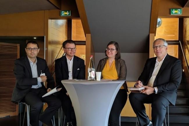 De gauche à droite : Fabrice Bru (RSSI Groupement Les Mousquetaires), Alain Bouillé (vice-président du Cesin), Rayna Stamboliyska (RSSI adjointe Oodrive) et Eric Doyen (directeur sécurité opérationnelle du SI chez Malakoff Médéric Humanis). crédit : D.F.