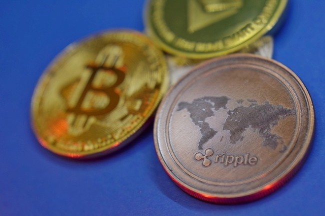 Apple regarde de plus en plus la cryptomonnaie et son potentiel à long terme. (Crédit Photo : Vjkombanj/Pixabay)