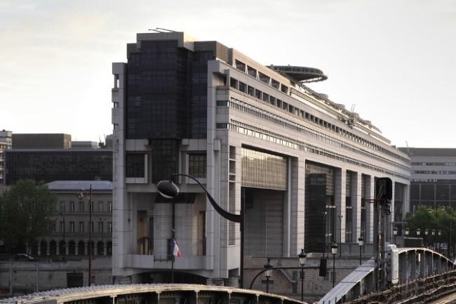 Le PLF 2020 prévoit que Bercy teste une collecte de données des réseaux sociaux et des plateformes pour traquer les fraudeurs. (Crédit Photo : Gouvernement)
