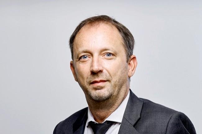 Cédric Jublot, Président du Club PeopleSoft, a comparé les modèles économiques proposés par les éditeurs. (Crédit : Bruno Lévy)