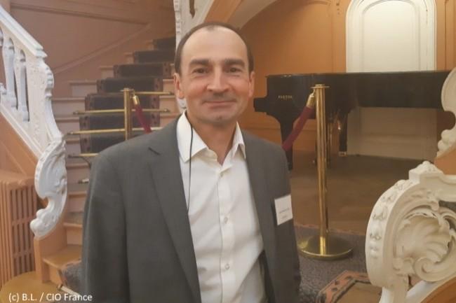 Laurent Bueno, directeur du crédit de Manpower, utilise l'IA incluse dans le SaaS de Sidetrade pour optimiser le recouvrement des factures.