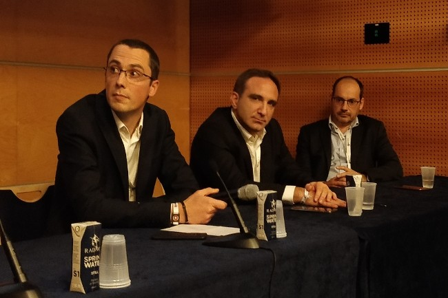 (de gauche à droite) Vincent Gapaillard, RSSI de Lagardere Travel Retail; David Hozé, RSSI adjoint de Kering et Wilfried Laumond, Head of Risk Monitoring & Services, ont discuté de la sécurisation des comptes Office 365
