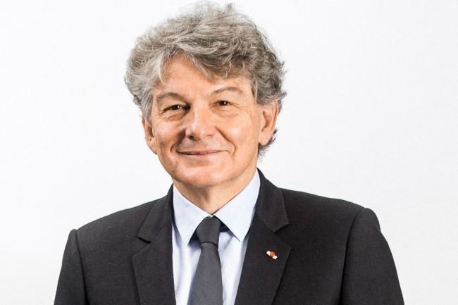 Avant de devenir PDG d'Atos en 2008, Thierry Breton avait occupé les fonctions de ministre de l'Economie, des Finances et de l'Industrie de 2005 à 2007 du gouvernement Raffarin III. (Crédit : Atos).