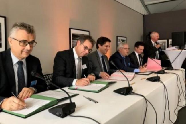 De gauche à droite : Hervé Cornede (Président du Directoire de Soget), Laurent Degré (Directeur Général de Cisco France), Baptiste Maurand (Directeur Général d'Haropa – Port Du Havre), Marc Maouche (Délégué Régional Normandie d'Orange) et Florent Saint Ma.