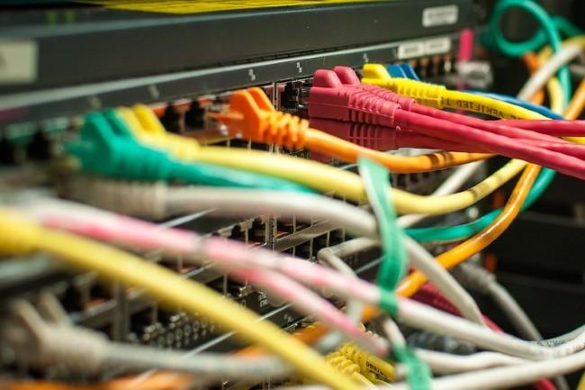 Les projets d'automatisation de l'infrastructure réseau permettent de réfléchir à un changement de fournisseur. (Crédit Photo : Bob Mical on VisualHunt / CC BY-NC-SA)