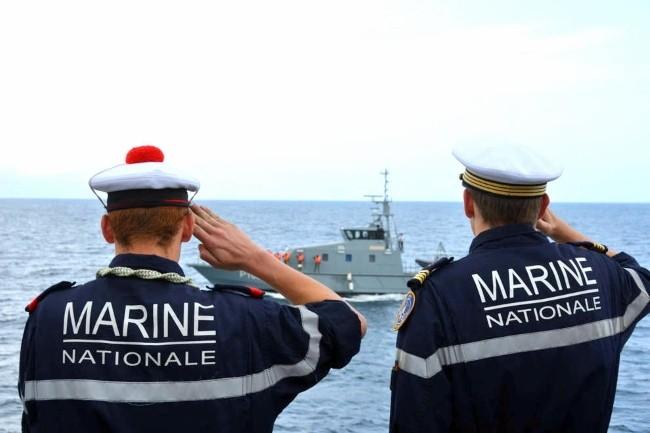 La paye des 39 000 marins est désormais calculée par Source Solde, remplaçant du projet Louvois. (Crédit Photo : Marine Nationale)