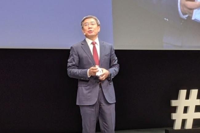 « On ne survivra pas seuls, on remercie nos clients, fournisseurs et partenaires de rester avec nous », a lancé Yan Lida, directeur du conseil d'administration et président de l'entité Enterprise Business Group de Huawei ce 5 novembre 2019 à Paris. (crédit : D.F.)