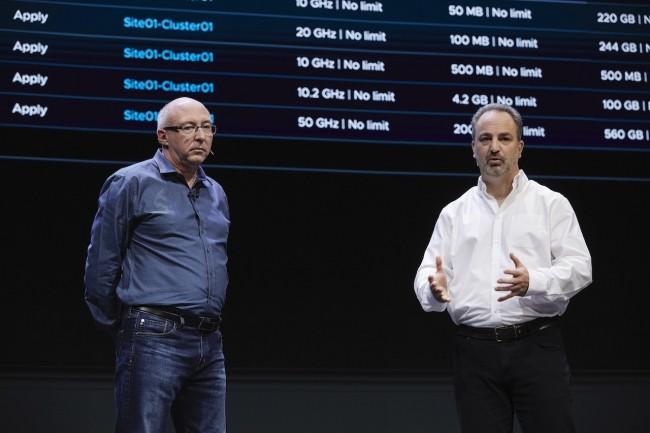 Ray O'Farrell, VP chez VMWare, et Joe Beda, ancien CEO de Heptio et un des 3 créateurs de Kubernetes. (crédit VMware)