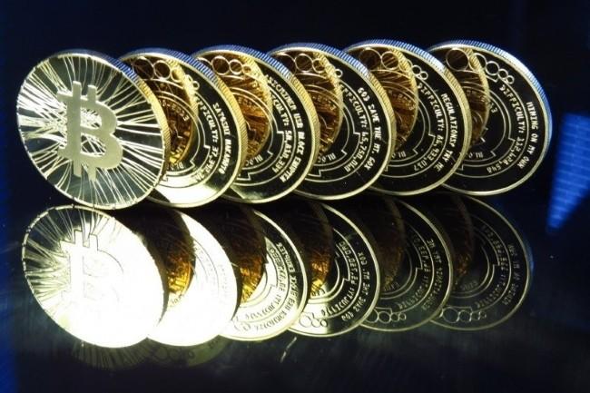 Les fluctuations du cours du bitcoin ont une incidence sur le marché de l'emploi dans la blockchain et la cryptomonnaie. (Crédit Photo : Antanacoin/VisualHunt)
