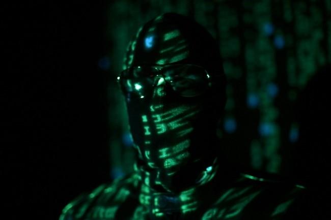 Le groupe Sandworm représente l'incarnation de la cyberguerre selon le journaliste Andy Greemberg. (Crédit Photo: Dustball/VisualHunt)