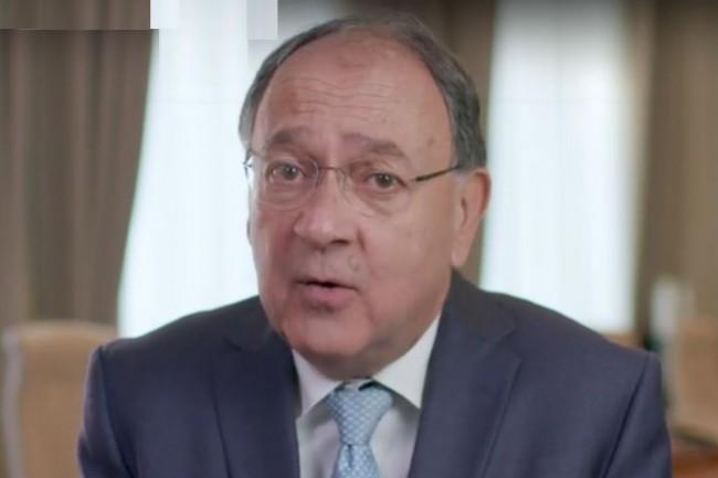 Sur le site de Capgemini, Paul Hermelin, PDG du numéro 1 des services informatiques en France, présente le projet de rachat de la société d'ingénierie Altran. (Crédit : Capgemini)