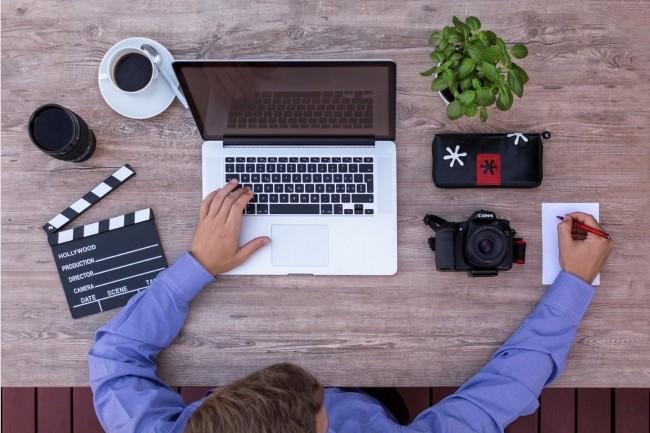 Pour sécuriserle travail à distance, des pré-requis de sécurité pourront être exigés pour le poste client comme l'installation d'un VPN, réseau privé virtuel. (Crédit : Pixabay/Lucasbieri)