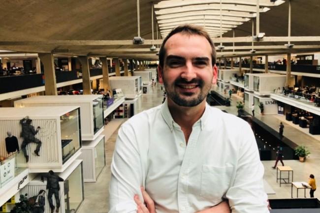 Etienne Le Scaon, co-fondateur et directeur général d'Elevo a lancé une solution qui dépoussière les traditionnels entretiens d'évaluation. Crédit. Elevo.