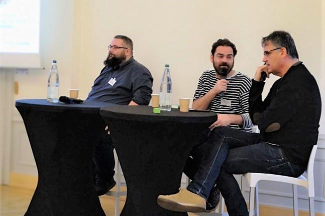 Sont intervenus en plateau sur le débat consacré à l'IA (de gauche à droite) : Tristan Humelhans (RSSI Mairie de Molsheim), Alexandre Hostettler (directeur de l'équipe de Recherche et Développement, IRCAD) et Pierre Gançarski (Professeur à lUniversité de Strasbourg). crédit : LMI