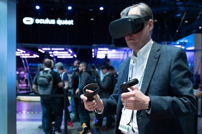 Facebook OS sera avant tout pour les prochaines générations de casques Oculus et l'écran connecté Portal. (Crédit Photo : DR)