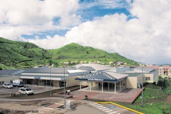 Les deux salles informatiques du CH Saint-Martin sont situées à deux niveaux différents, afin de réduire l'impact matériel des sinistres.