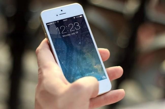 Apple, au même titre que d'autres grands fournisseurs de technologies, est dans le viseur de l'administration du président américain Donald Trump depuis plusieurs mois. (crédit : jeshoots / Pixabay)