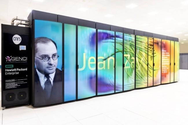 Basé sur un système HPE SGI 8600, le Jean Zay héberge 70 000 coeurs de calcul basés sur des puces Xeon Gold 6248 d'Intel et plus d'un millier de GPUNvidia V100 SXM2 32 Go. (Crédit : Genci)