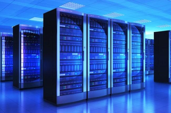 Les opérateurs cloud comme AWS, GCP ou Azure utilisent leur propre matériel sur-mesure. (Crédit AWS)