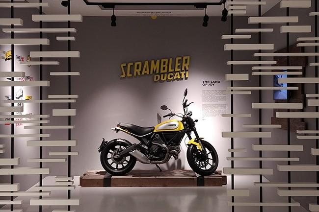 L'usine et siège social de Ducati à Bologne en Italie héberge également un musée retraçant l'histoire de l'entreprise depuis sa création en 1926. (Crédit : Nicolas Certes)
