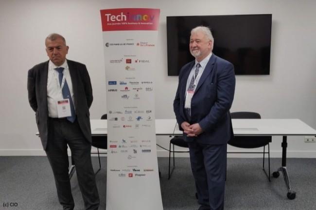 De gauche à droite, Laurent Legendre (Airbus), président de Techninnov, et Bruno Malecamp (CCI de l'Essonne), commissaire général de Techinnov.
