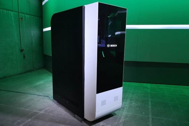 Bosch et Ceres ont présenté un PDU équipé de piles à combustible pour les datacenters. (Crédit Photo : Sander Almekinders/IDG)