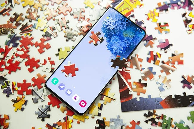 A un prix pouvant faire rougir Apple (1087 € HT, soit 1359 € TTC), le S20 Ultra est beaucoup trop cher pour la plupart des gens. (Crédit : Christopher Hebert / IDG)