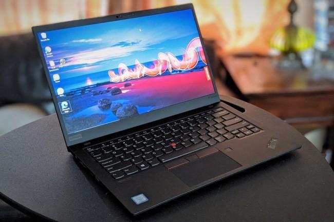 L'écran 4K du ThinkPad X1 Carbon 7e Gen grève l'autonomie du laptop vitrine de Lenovo. (Crédit IDG)