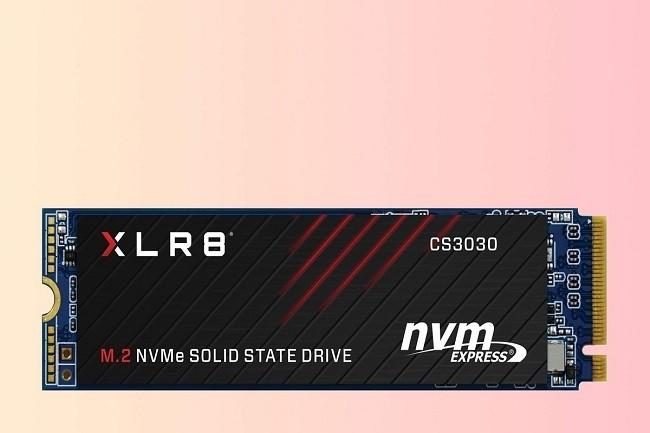 Le CS3030 est un SSD très rapide lorsqu'il lit ou écrit dans le cache, mais encore une fois, il ralentit lors d'écritures longues et soutenues, en particulier quand elles dépassent la taille du cache. (Crédit IDG)