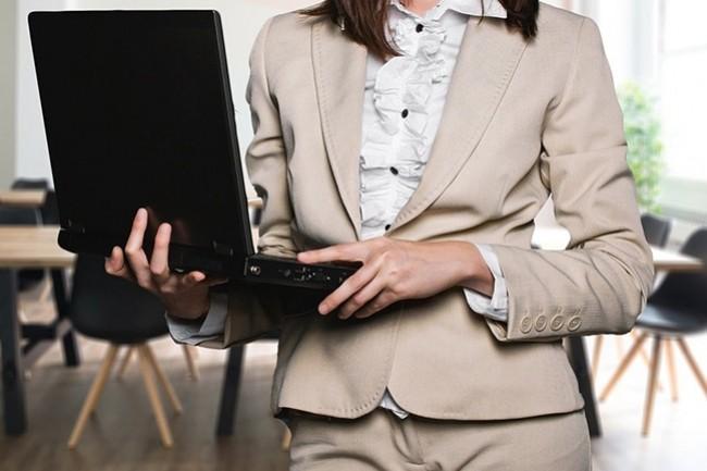 Pour 28% des sondés par Inop's, d'ici un an les prestataires externes seront engagés à travailler à distance.  (Crédit : geralt / Pixabay)