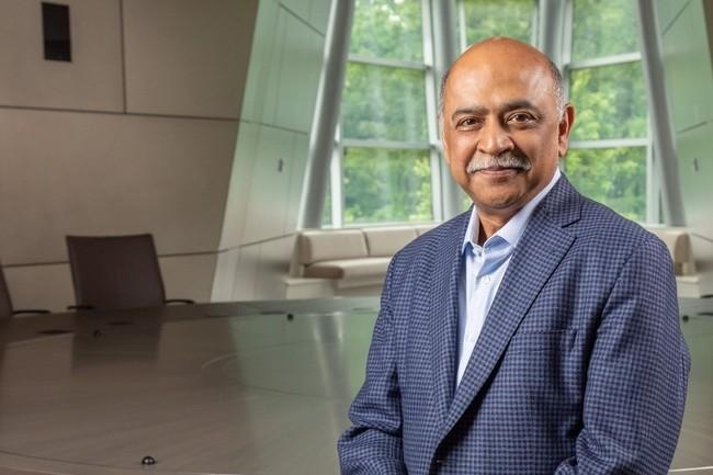 Faute d'avoir réussi à percer sur le cloud public, IBM, avec désormais Arvind Krishna aux manettes, entend accompagner les entreprises sur le cloud hybride. (Crédit IBM)
