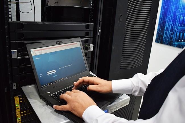 La progression future du segment des infrastructures reposera sur les investissements des entreprises dans les solutions destinées cloud.