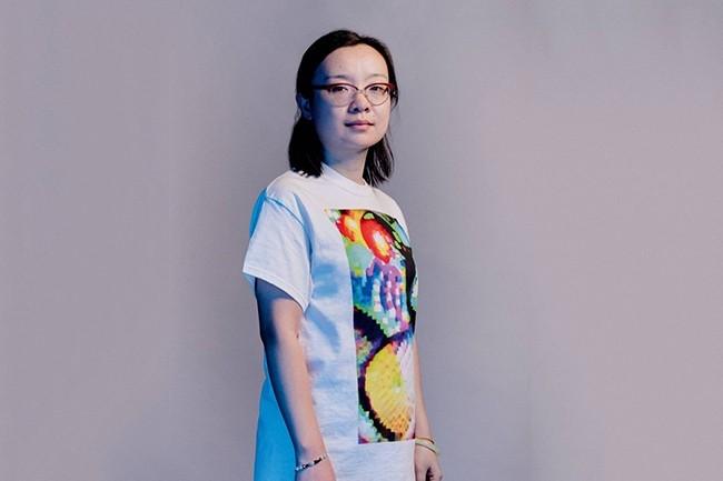 Dans plus d'un cas sur deux, ce t-shirt permet de passer inaperçu devant une caméra utilisant des technologies de reconnaissance faciale. (Crédit : Benedict Evans)