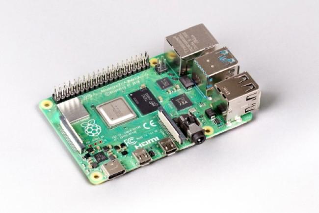 Le Raspberry Pi 4 voit sa RAM passer à 8 Go et son prix monter à 75 dollars. (Crédit Photo : Raspberry Pi)