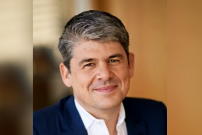 Le comité consultatif créé par Salesforce et présidé par son chef de la stratégie, Alexandre Dayon, réunit une dizaine de dirigeants de grands groupes internationaux. (Crédit : D.R.)