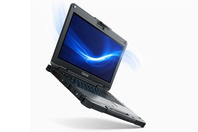 Le PC B360 de Getac tourne sous Windows 10 Pro et est alimenté par une double batterie 6900 mAh. (Crédit : Getac)