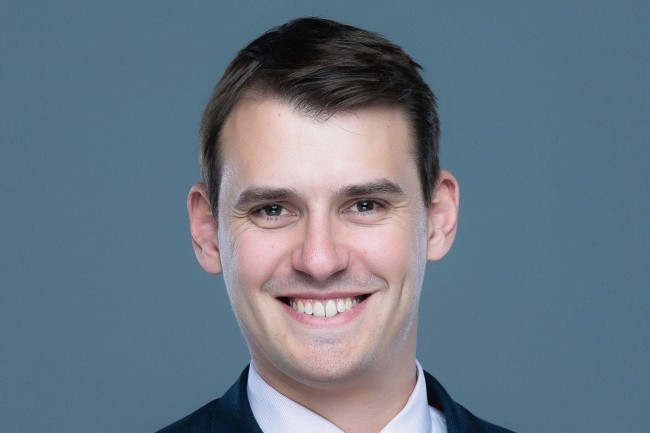 « Le monitoring de la sécurité est assuré à l'aide de l'outil Sqreen en complément des solutions d'AWS », Sébastien Monchamps, directeur technique de la banque en ligne de Bpifrance.