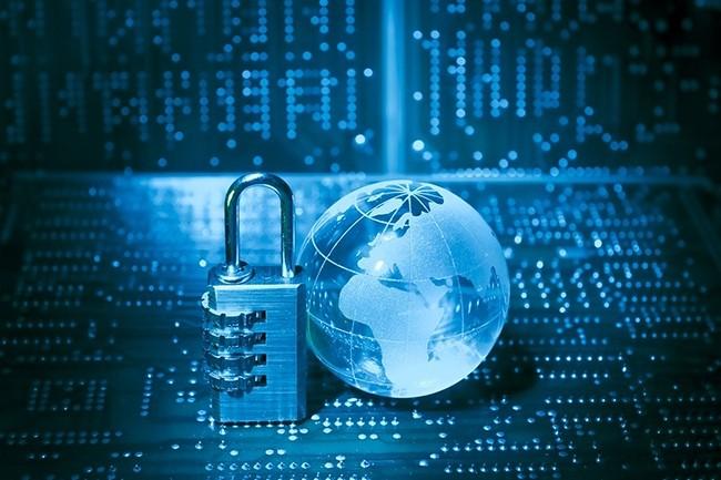Les offres de sécurité dans le cloud devraient croître de 33% entre 2019 et 2020, pour atteindre les 585 M$ selon le Gartner. (Crédit : axbenabdellah / Pixabay)