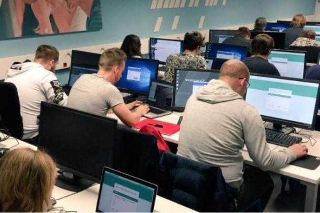 Fin 2019, plus de 10 000 apprenants ont été formés ou sont actuellement en cours d'apprentissage dans l'une des écoles labellisées GEN, comme Webforce3 ci-dessus. Crédit photo: Webforce3;