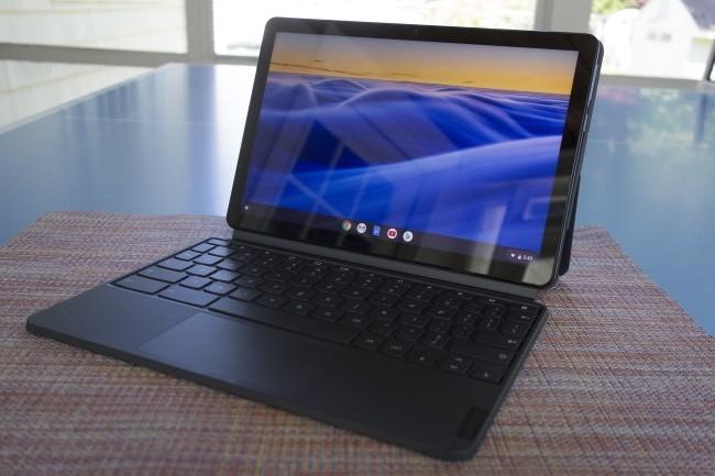 Le chromebook Duet de Lenovo a séduit notre confrère d'IDG par sa polyvalence et son prix abordable. (Crédit Photo: Michael Simon/IDG)