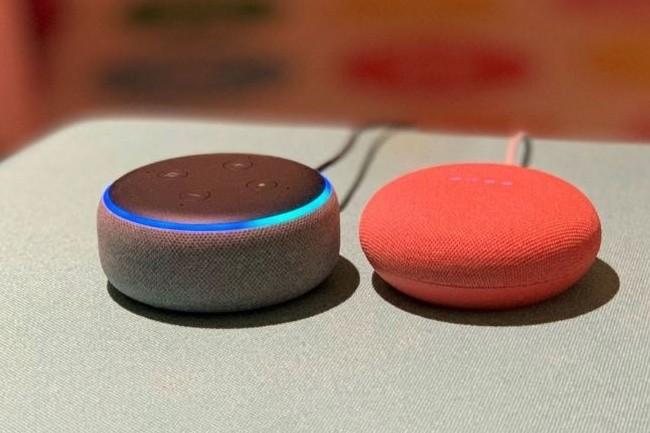 Des assistants vocaux tel qu'Amazon Alexa inclus dans l'enceinte connectée Echo, poussent des services maison aussi bien e-commerce que de recherche enfreignant des règles de concurrence d'après la Commission européenne. (crédit : Ben Patterson / IDG)