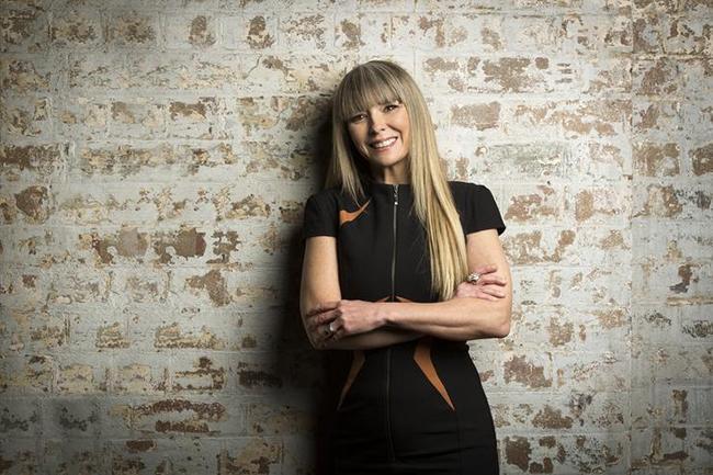 Kerrie-Anne Turner, responsable des activités commerciales et du channel de VMware en Australie/Nouvelle-Zélande est persuadée que cette offre repensée de VMware attirera davantage les PME. (Crédit : VMware)