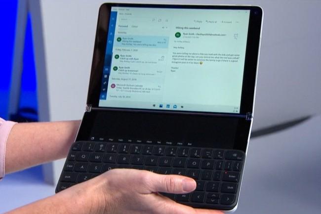 Un terminal mobile Windows 10X avec un vrai clavier. (Cr�dit Microsoft)