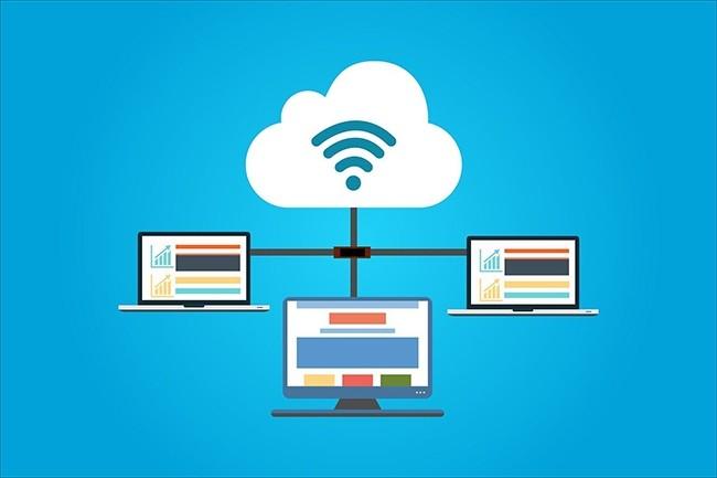 Les cinq plus grands fournisseurs de services cloud repr�sentent � eux seuls 61% du march� au deuxi�me trimestre 2020. (Cr�dit : kreatikar / Pixabay)
