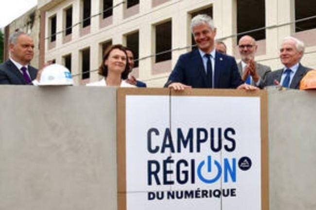 L'innovation constitue une priorité pour le président de la région Auvergne-Rhône-Alpes Laurent Wauquiez (ci-dessus lors de l'inauguration du campus numérique de Charbonnières-les-Bains). Crédit photo: AURA.