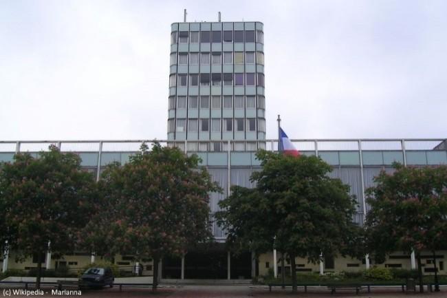 Grâce au chatbot de SAP, les habitants de Rosny-sous-Bois, ville de Seine Saint-Denis, peuvent poser leurs questions sur la vie locale en 24*7.